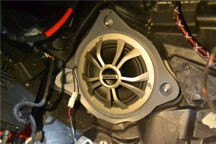 奔驰c200l改装丹拿奔驰专车专用三分频汽车音响喇叭/低音倒模作品