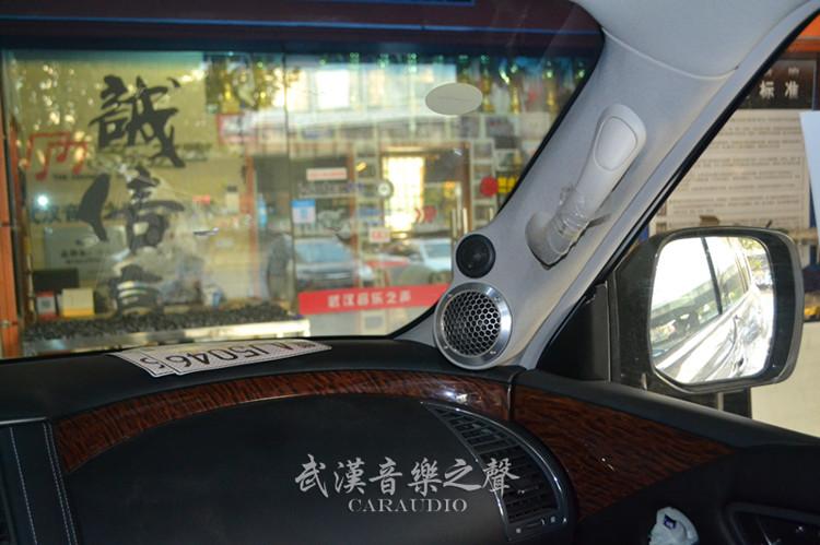 后备箱低音倒模 走线布线工艺 施工店家:武汉音乐之声汽车音响改装